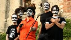 È uscito il 26 aprile ed è distribuito al livello mondiale il nuovo disco dei Mugshots, dark rock band italiana seguace dell'Elitarian Undead Rock, uno stile che il gruppo bresciano […]
