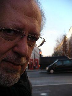 Un pianoforte, la radio, il blues: il Premio Ciampi ricorda Ernesto De Pascale