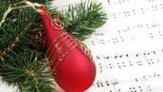 Dalla Bibbia a Isaac Watts, Georg Friedrich Händel, fino alle corde di Whitney Houston. Auguri di cuore da Musiche & Culture.