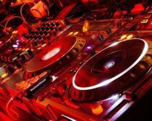 Digital Music Experience: dritta al cuore della dance